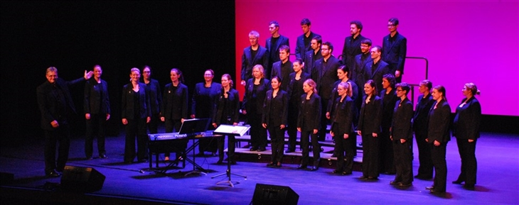 Anzac tribute concert 2015-smaller